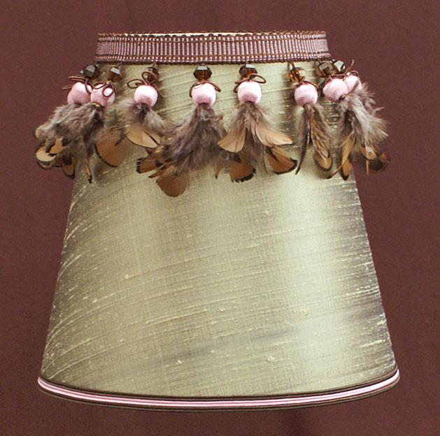 ABAT JOUR CONIQUE AMERICAIN 04 <p>Abat-jour de lustrerie conique américain fabriqué sur mesure pour une applique murale.</p>