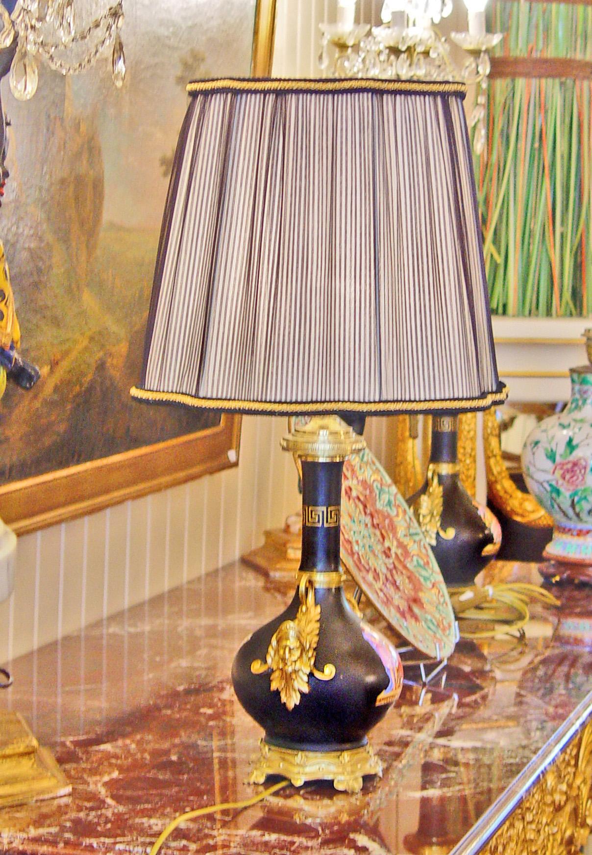 abat jour carre alsacien a 6 pointes les abat jour sur mesure de l 39 atelier du chat qui veille. Black Bedroom Furniture Sets. Home Design Ideas